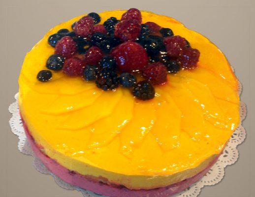 mango-rasperry-cake