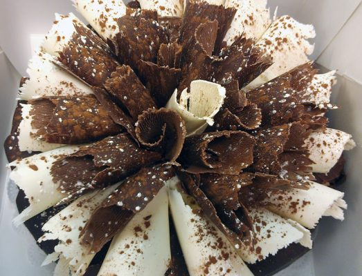 white-n-dark-chocolate-cake